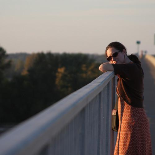 Mara Gibson's avatar