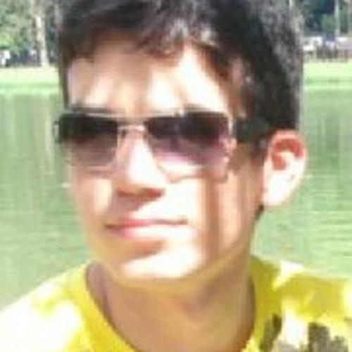 Kaio Moraes's avatar
