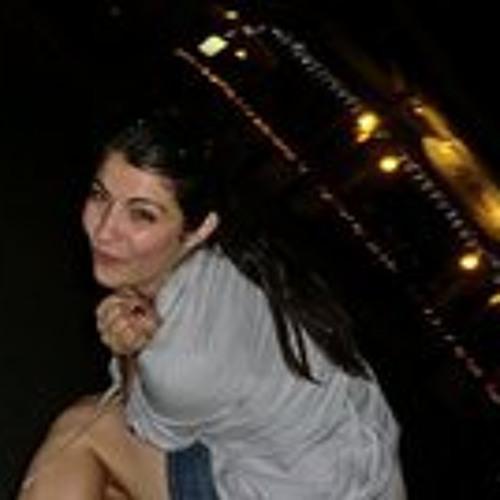 Vanessa Sirola's avatar