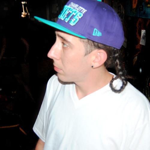 lukie vuitton's avatar