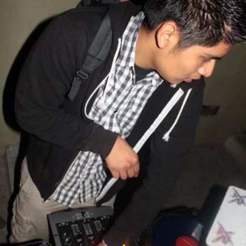 DJ.YOUNG's avatar