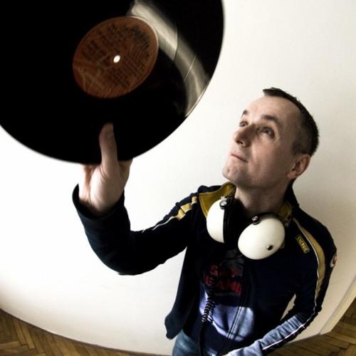 DJ Schimek's avatar