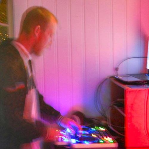 DJ Rhezynhed's avatar