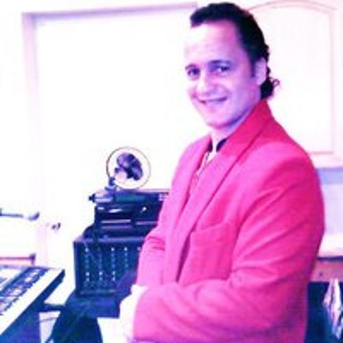 Tony Carlucci's avatar