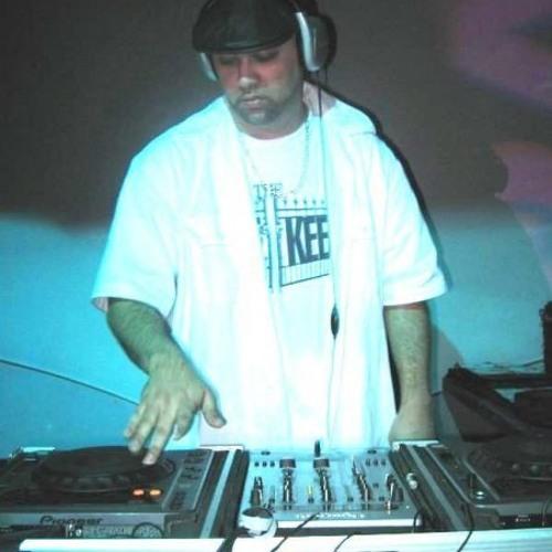 Dj Jamil's avatar