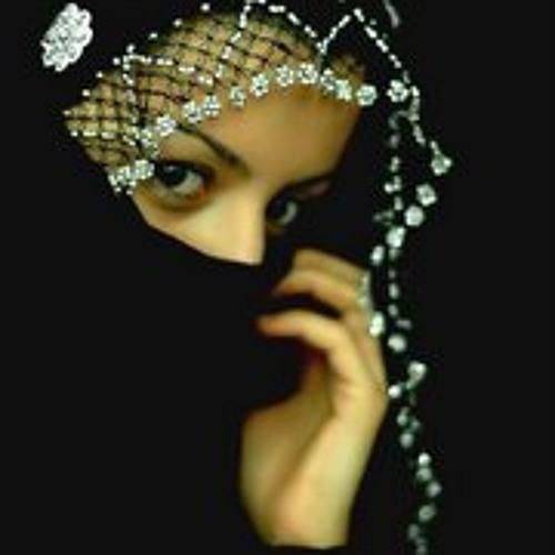 Alisha Khan's avatar