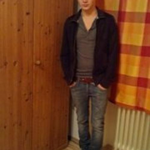 Eduard Schilling's avatar