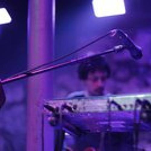 Llanco Barrera's avatar