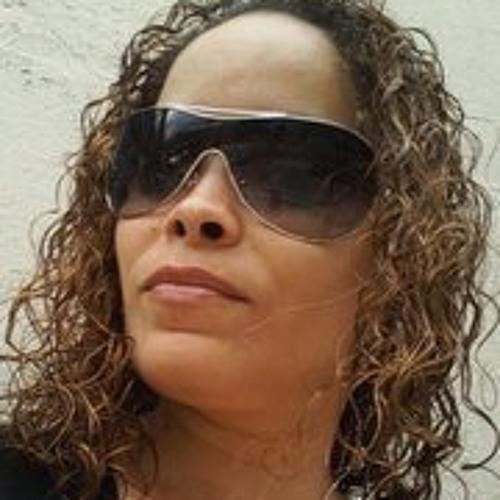 Gyselle Gonzalez's avatar