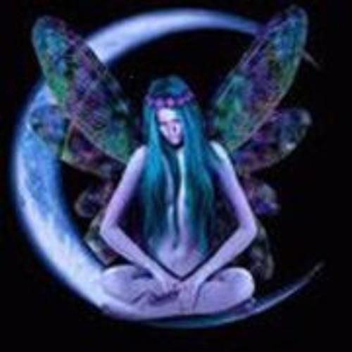 Nena B's avatar
