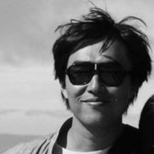 Yongho Moon's avatar