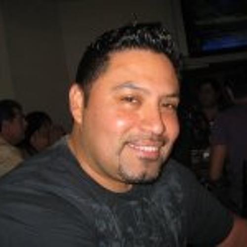 Cesar Lemus's avatar