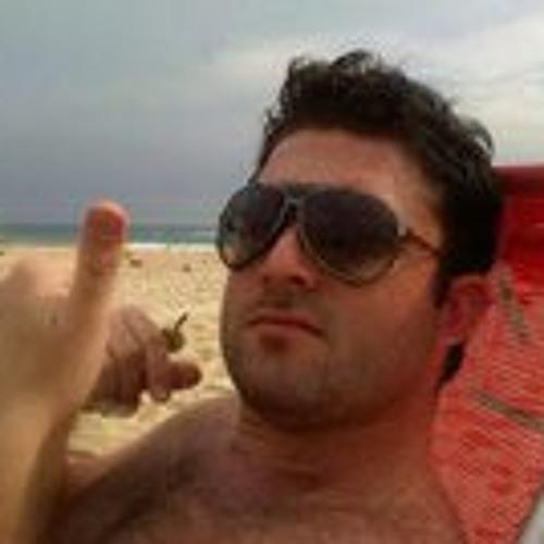 Ricardo Mello 83's avatar