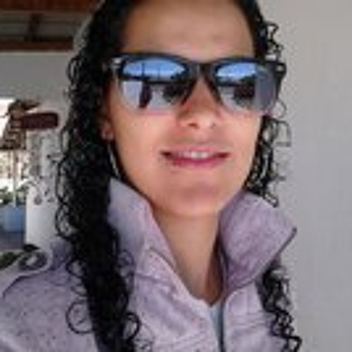 Gabriele Santana's avatar