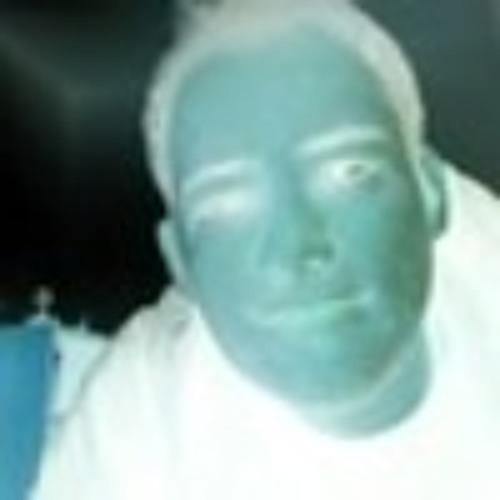 Toto Test's avatar