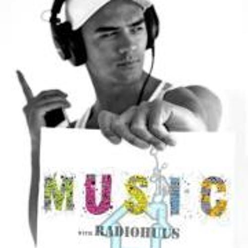 RadioHuus's avatar