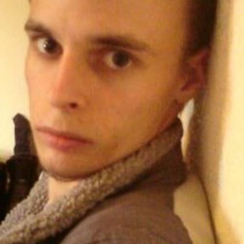 Reever Dark's avatar