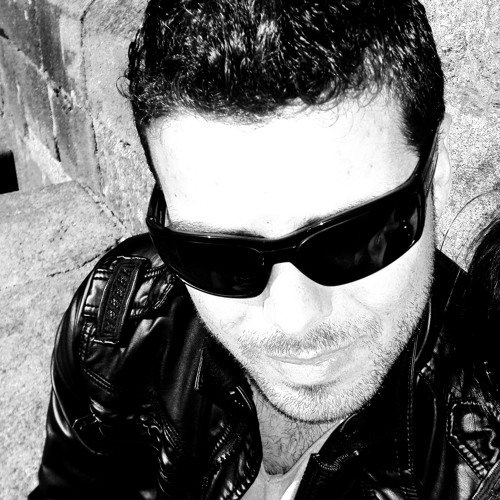 Adrian Vazquez's avatar