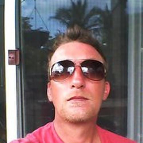 Lee Treacy's avatar