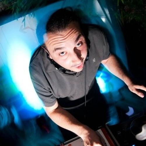 DJ Phillip Bourne's avatar
