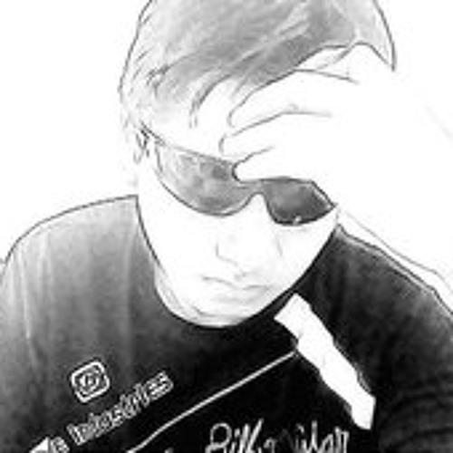 Martin2011's avatar