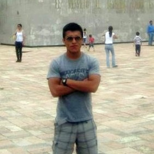 Julio R.'s avatar
