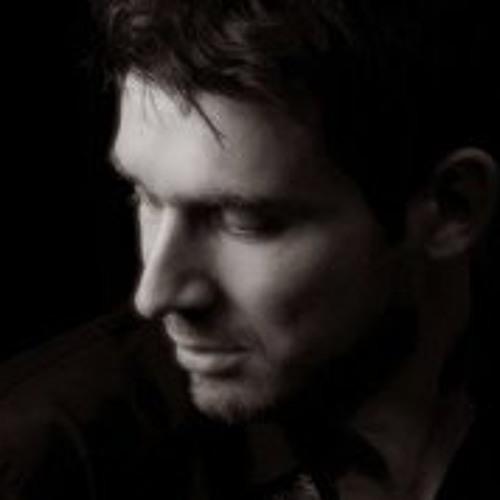 Yanick Hellwig's avatar