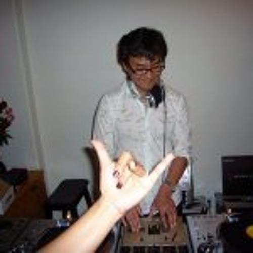 Charles Choi's avatar