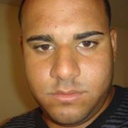 Cesar Santiago's avatar