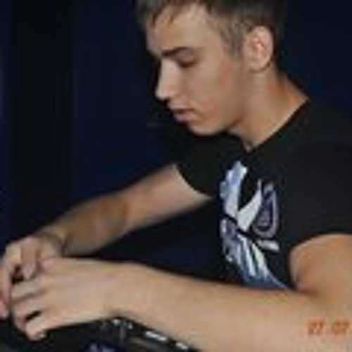 Romb Tyder's avatar