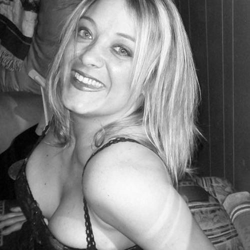 Misty Forshee's avatar