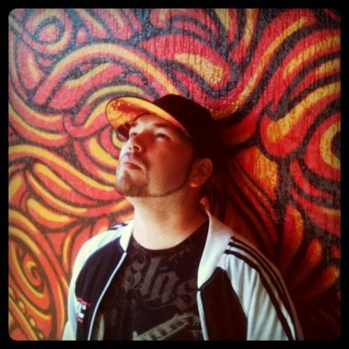 Mauricio Santana's avatar
