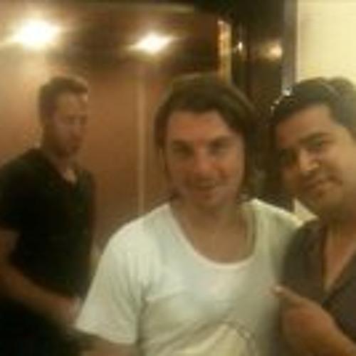 Armando Hernandez 4's avatar