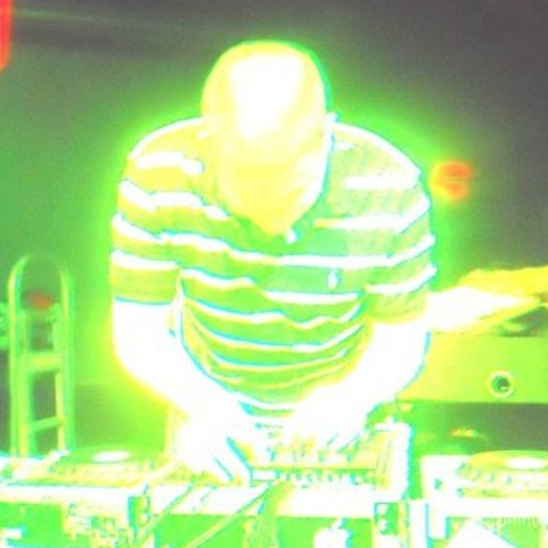 Digital Analog Dogg - Jeffrey (studio mix) - www.soundcloud.com/digitalanalogdogg