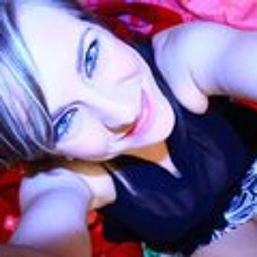 Adele Desloges's avatar