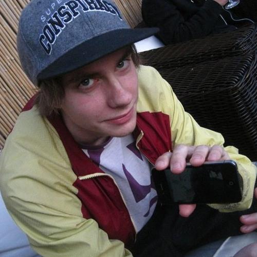 Nik Rowan's avatar