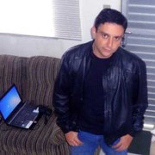 Anselmo Vieira's avatar
