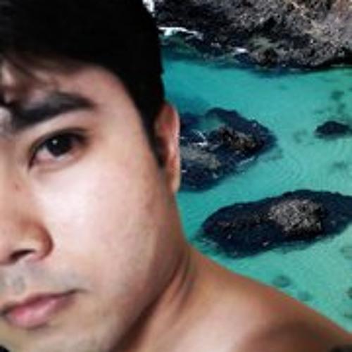 Toshio Utida's avatar