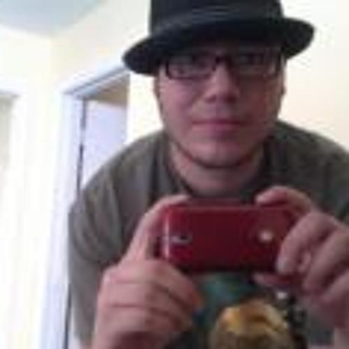 Henry Brito's avatar