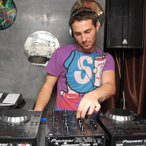 DJ zuzu's avatar