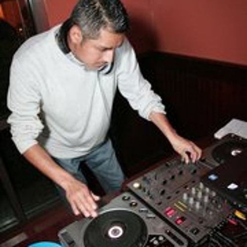 28-Valio La Pena (Remix Intro 98 DJ RICKY)