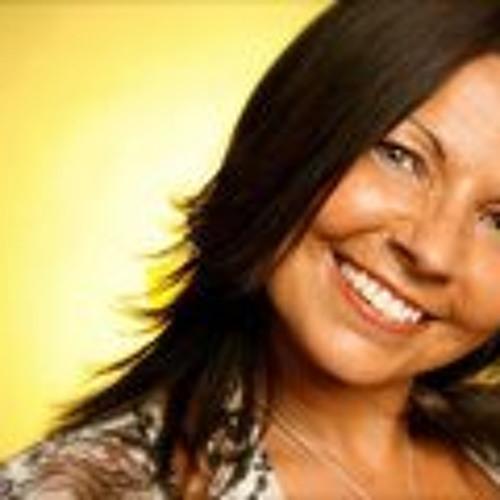 Marie Andrews's avatar