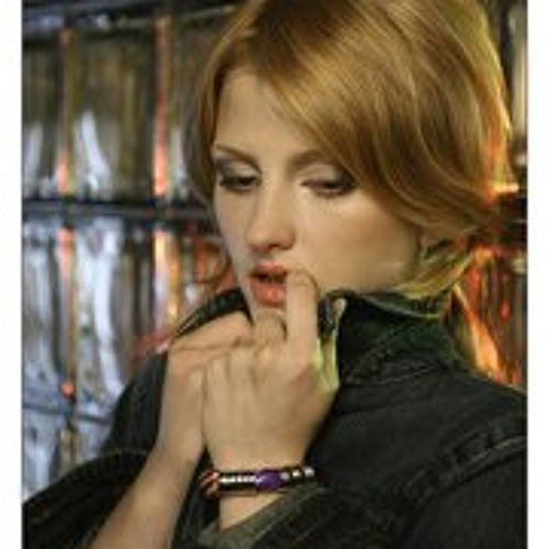 Lera Masskva's avatar