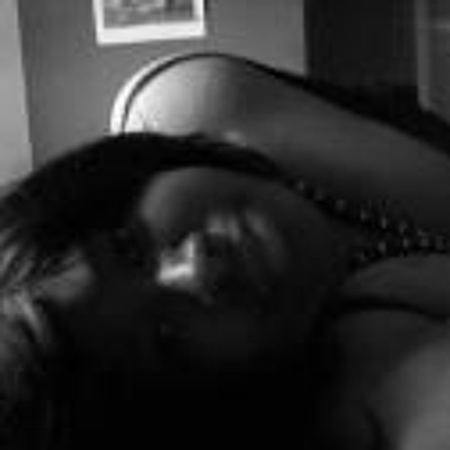 Mskia Nikia's avatar