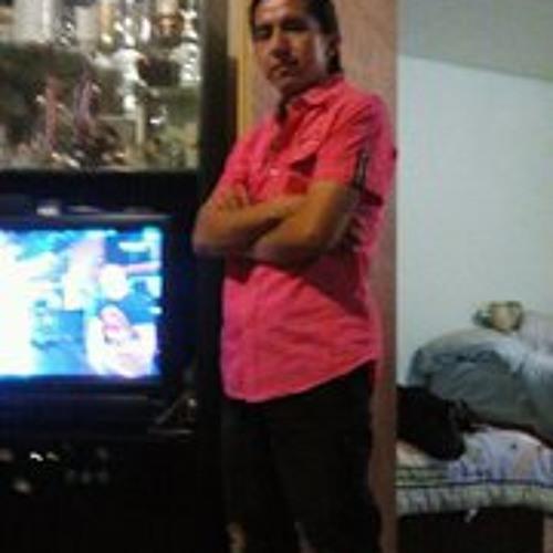Angel Riera's avatar