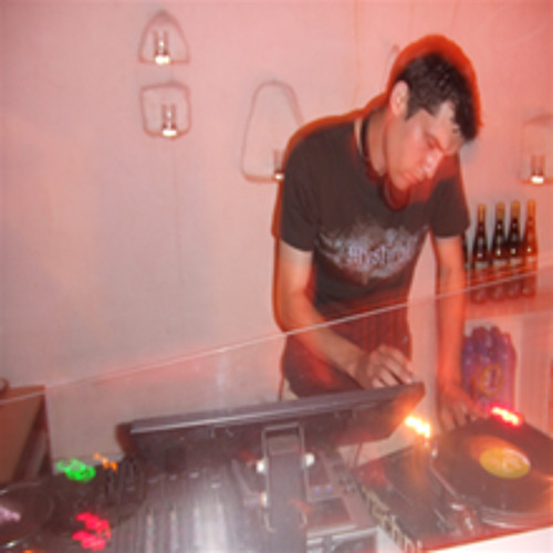 DJ Riguez's avatar