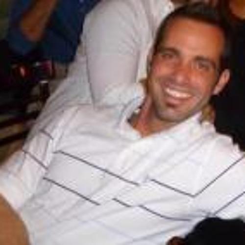 Justin Livengood Petrie's avatar