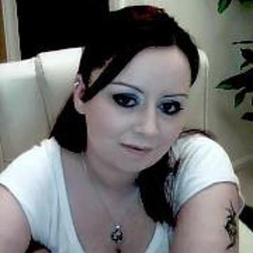 Alana Elliott's avatar