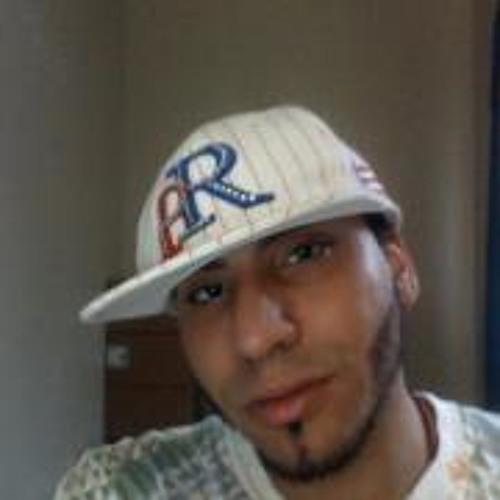 Isidro Castillo's avatar