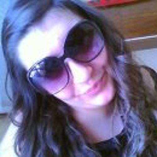 Nessinha Coutinho's avatar